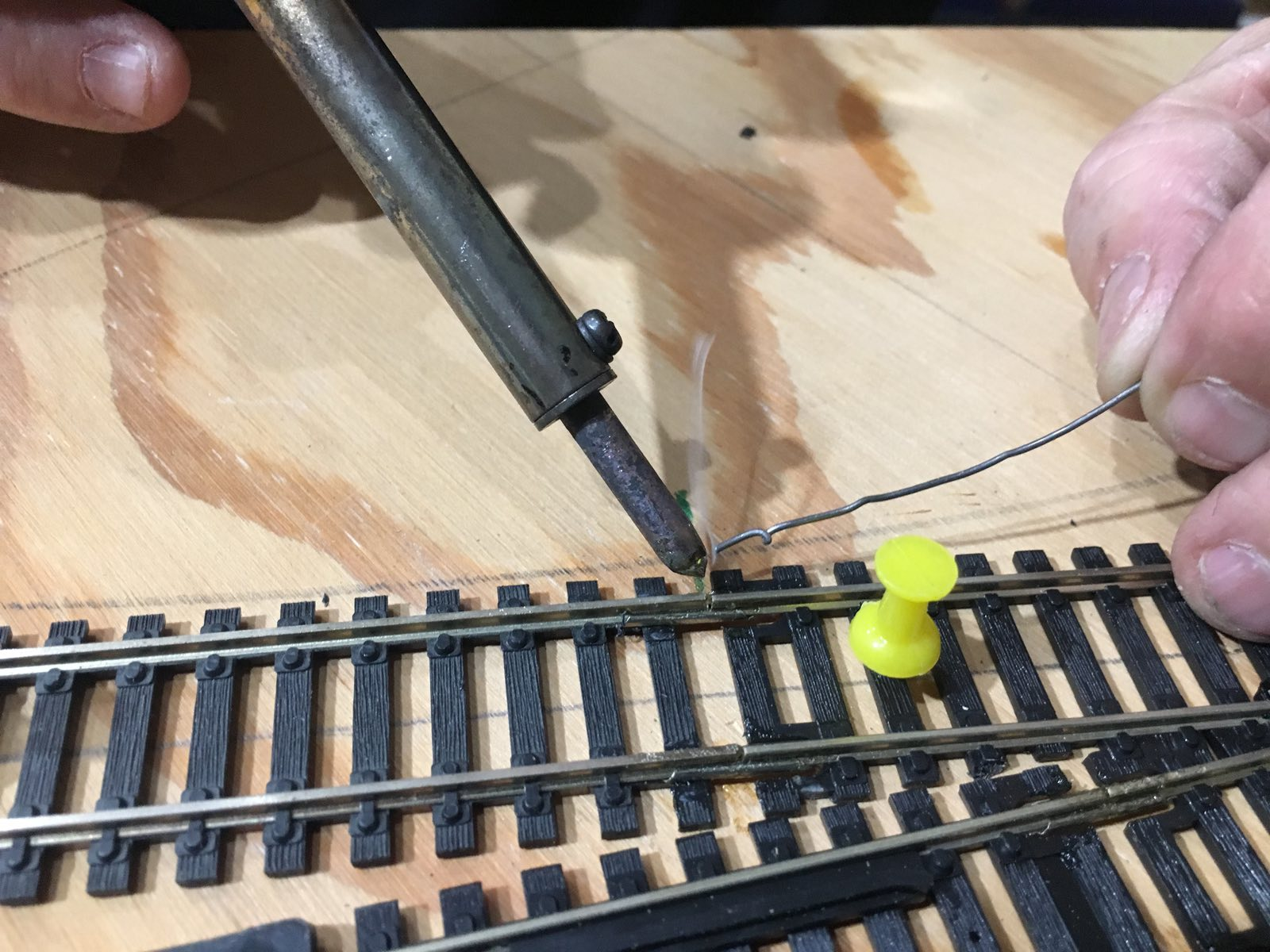 Johns Alaska Railroad Ho Scale Layout V20 Wiring Switches An Ice Storm Came Through The Area And We Lost Power At 903 Pm Workers Never Missed A Beat Continued Their Tasks By Flashlight