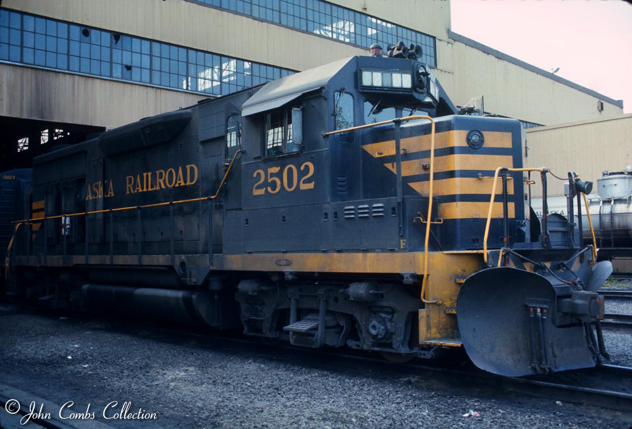GP35 #2502. Photo courtesy of the John Combs collection.