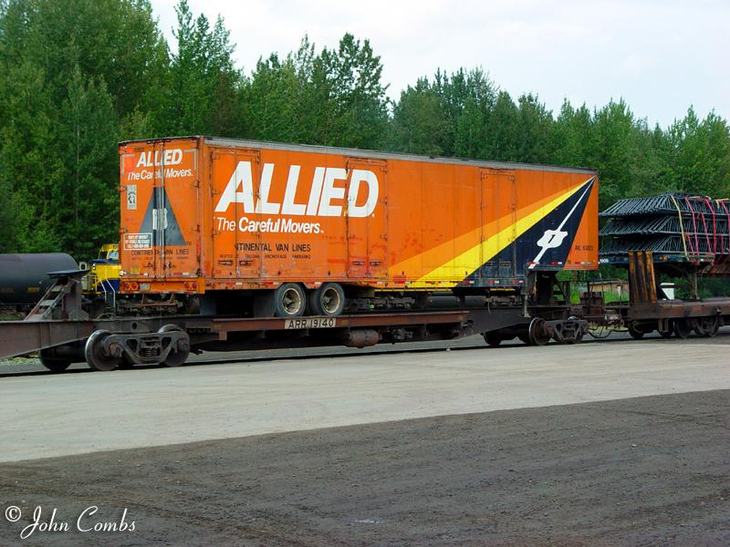 ... trailer and flatcar Allied Van Lines TOFC